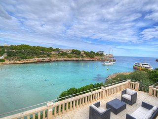 6 bedroom Villa with Internet Access in Cala Marcal - Cala Marcal vacation rentals
