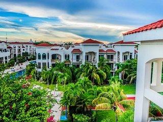 Fully appointed 2 bedroom condo home at Paseo Del Sol Playa del Carmen. Offers - Playa del Carmen vacation rentals