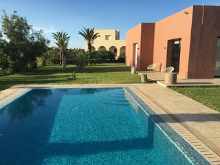 Dar Fatma – a well-appointed, 3-bedroom villa with a pool in the Residence du Golf de Gammarth! - La Marsa vacation rentals