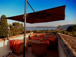 Gorgeous 5-bedroom villa in Corsica, Cala Rossa, with furnished terraces and gorgeous sea views! - Lecci vacation rentals