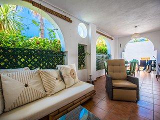 Azalea Beach Apartment in Puerto Banus - Marbella vacation rentals