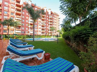 Beachfront Apartment in Fuengirola - Fuengirola vacation rentals