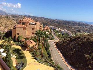 Golfers Dream - Apartment in  Calanova Sea Golf - La Cala de Mijas vacation rentals