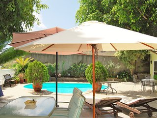 Sunny, 2-bedroom chalet on Gran Canaria with a furnished terrace, WiFi and a private pool! - Grand Canary vacation rentals