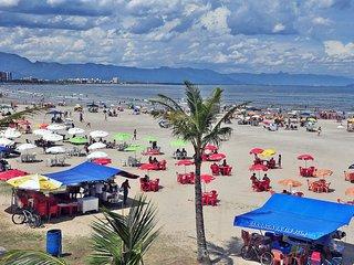 Apartamento na praia em Bertioga! - Bertioga vacation rentals
