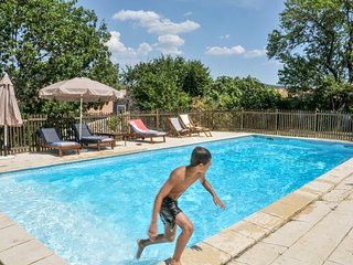4-bedroom, 19th-Century house surrounded by a tree-shaded garden with a pool, 30 mins from sea - Cascastel-des-Corbieres vacation rentals