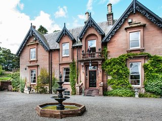 Wonderful, 7-bedroom Victorian mansion in Scotland with 7.6 acre garden and beautiful parkland views - Moffat vacation rentals