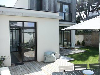 Modern, 4-bedroom house with WiFi and a furnished terrace in La Baule-Escoublac – 500m from the sea! - La-Baule-Escoublac vacation rentals