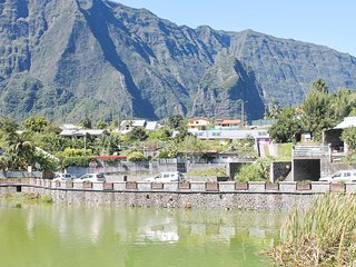 Sunny, 2-bedroom house in Cilaos on Reunion Island with and mountain views - Cilaos vacation rentals