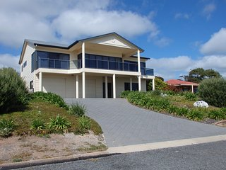23 Seaview Crescent - Normanville C93 - Normanville vacation rentals
