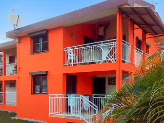Cosy, 2-bedroom apartment with a furnished terrace and city views - 150m from the beach! - Sainte-Luce vacation rentals