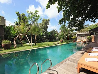 Stunning Ethnic 4 BR Villa in Berawa Beach! - Canggu vacation rentals