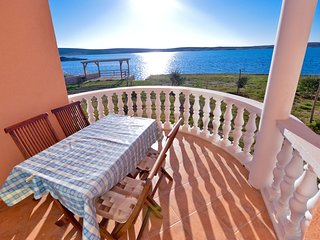 Bright, 2-bedroom apartment in Sunny Vidalići with a furnished terrace, WiFi and gorgeous sea views! - Vidalici vacation rentals