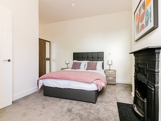 ServicedLets Apartment 1 College Road - Bromley vacation rentals