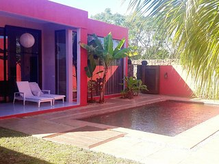 Beautiful, 1-bedroom villa in Pointe aux Piments with a swimming pool – 1.5km from the beach! - Pointe Aux Piments vacation rentals