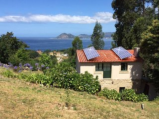 Stone eco-cottage by the sea. Off the grid - A Coruna Province vacation rentals