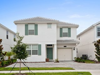 Brand new 6 bedroom house pool and games room - Kissimmee vacation rentals