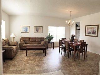 HL1002BD - Davenport vacation rentals