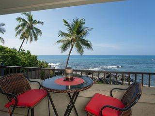 New Trip Advisor Direct Oceanfront Beauty-DEAL - Kailua-Kona vacation rentals
