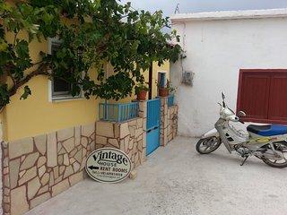 Charming 1 bedroom Vori Private room with Internet Access - Vori vacation rentals