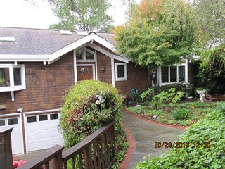 Mill Valley Hillside Oasis - just minutes from S.F. - Mill Valley vacation rentals