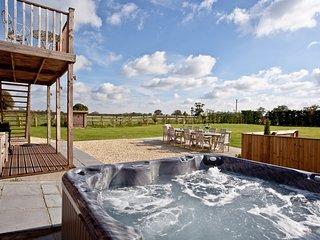 Glastonbury Lodge located in Glastonbury, Somerset - Glastonbury vacation rentals