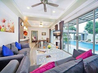 Spacious 5 bed villa at Nai Yang Beach - Thalang vacation rentals