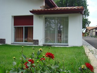 Nice Gite with Internet Access and A/C - Pontonx-sur-l'Adour vacation rentals