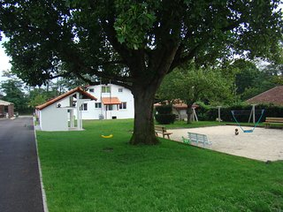 """Le Gîte """"Gorria Etxea"""" - Pontonx-sur-l'Adour vacation rentals"""