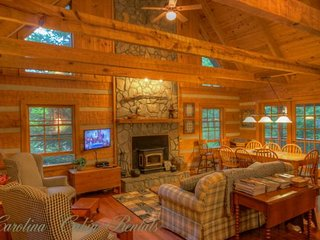 3BR Cabin, Seven Devils Mountain, Fire Pit, Grills, Hammock, Wooded, Creekside, Central to Attractions, Close to Hawksnest Snow Tubing, Sugar Mountain, Grandfather Mtn, Banner Elk, Boone - Seven Devils vacation rentals