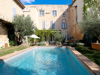 Nice House with Internet Access and A/C - Saint Paul Trois Chateaux vacation rentals