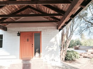 Beautiful & Private house - lovely yard & Hot tub - Napa vacation rentals