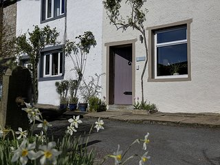 Bonnygrass Cottage, centre of Clitheroe - Clitheroe vacation rentals