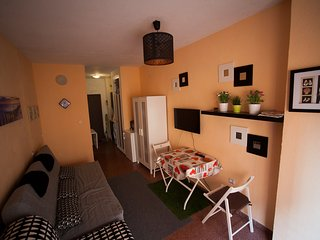 A cosy studio is only 200 m  from the sea - Torrevieja vacation rentals