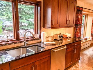 Cascade Village Area 5 bed 4 bath; walk to lifts - Vail vacation rentals