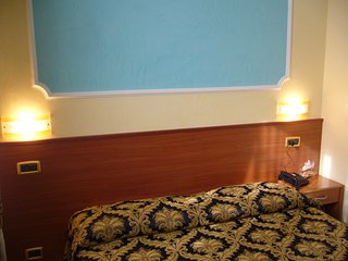 Nice Bed and Breakfast with Internet Access and A/C - Campagna Lupia vacation rentals