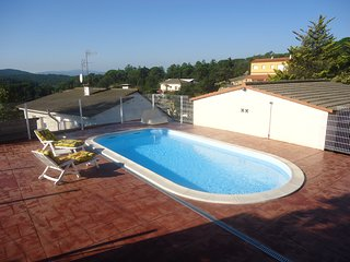 Nice Condo with Shared Outdoor Pool and Garage - Riudarenes vacation rentals