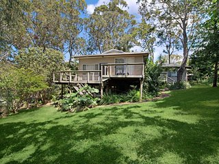 Lovely 5 bedroom House in Macmasters Beach - Macmasters Beach vacation rentals