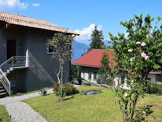 Bright 2 bedroom Apartment in Castelveccana with Television - Castelveccana vacation rentals