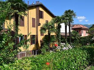 Cozy 2 bedroom Castelveccana Condo with Internet Access - Castelveccana vacation rentals