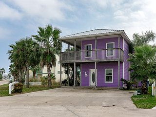 Purple Pelican Beachhouse with Beach Boardwalk and Pool access - Port Aransas vacation rentals