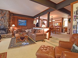 Lakefront Condo in Tahoe City with HOA - Tahoe City vacation rentals