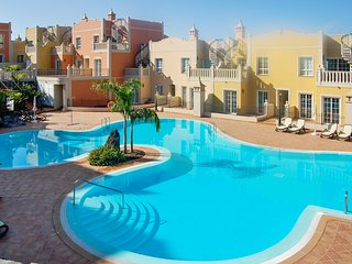 Spacious duplex in Palm-Mar, Tenerife, with 2 bedrooms, terrace, pool and sea view - Palm-Mar vacation rentals