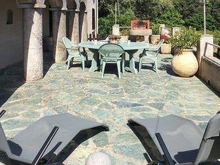 Elegant island house near Barcaggio, Upper Corsica, with mountain views, garden and sunny terrace - Ersa vacation rentals