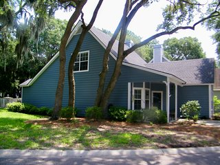 Wonderful House with Internet Access and A/C - Port Royal vacation rentals