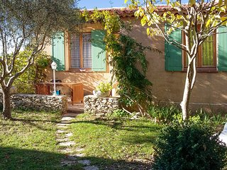 Village house in the Luberon, Provence, with BBQ terrace, WiFi and mountain view – near Manosque - Limans vacation rentals
