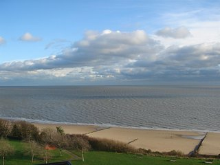 Frinton Court, The Esplanade Frinton on Sea - Frinton-On-Sea vacation rentals