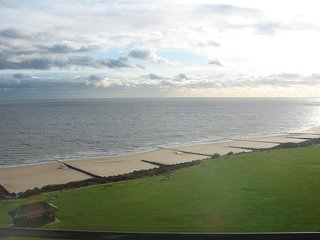 Exceptional Views, sleeps 8, 2wc's - Frinton-On-Sea vacation rentals