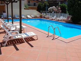 Cozy 1 bedroom Torre Pedrera Apartment with Internet Access - Torre Pedrera vacation rentals