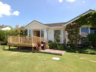 Lovely House with Internet Access and DVD Player - Ruan Lanihorne vacation rentals